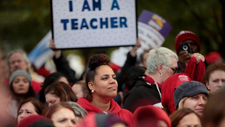 Seit Donnerstag haben Zehntausende Lehrer in Chicago ihre Arbeit niedergelegt