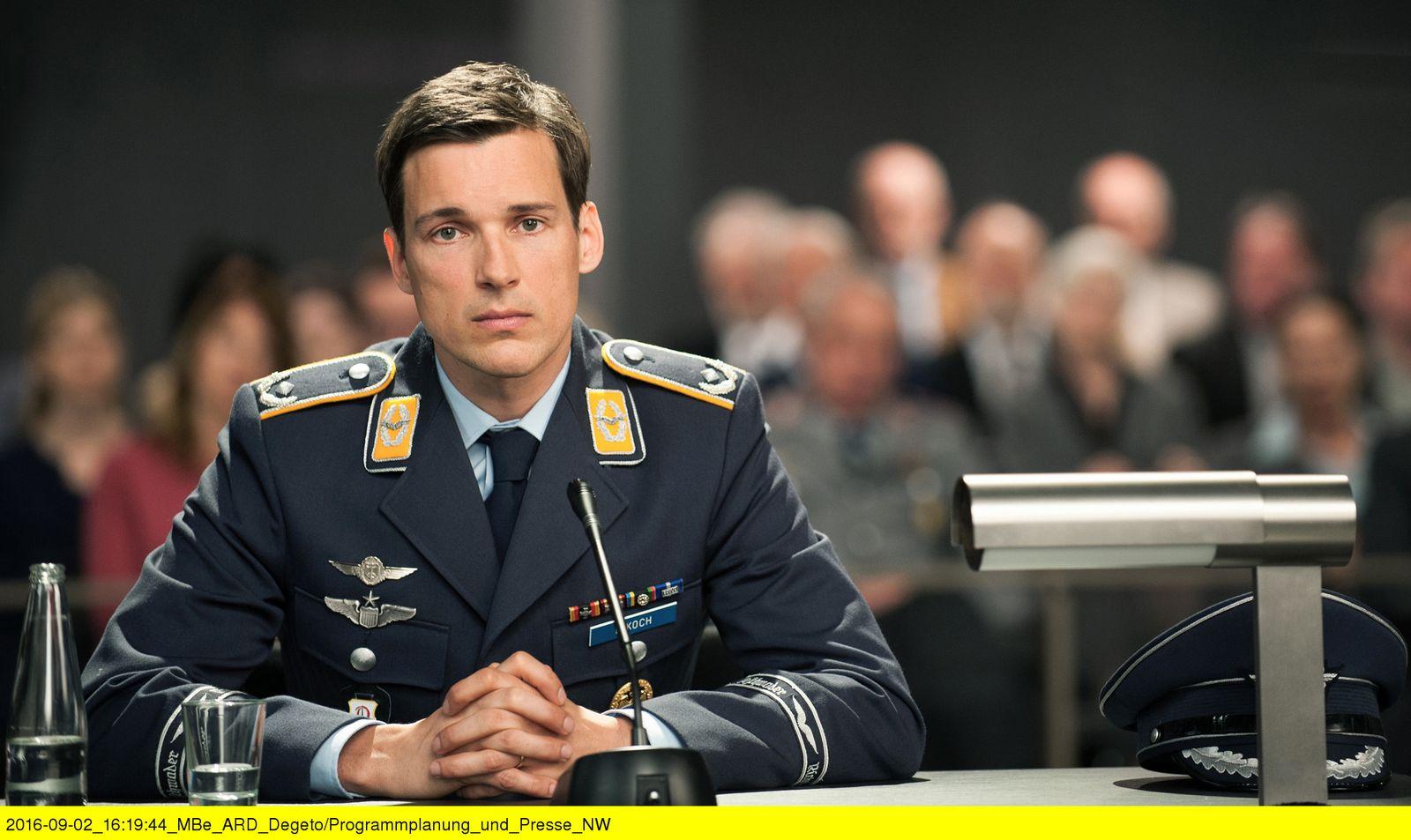 EINMALIGE VERWENDUNG NUR FÜR SPIEGEL Plus SPIEGEL 42/2016 Fernsehen Terror