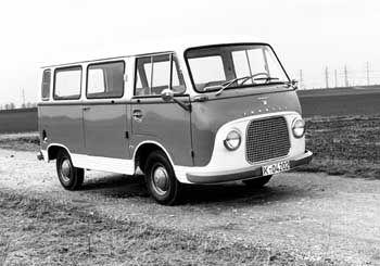 Transit FK 1000, 1960: Grundstein für eine der erfolgreichsten Transporter-Baureihen Europas