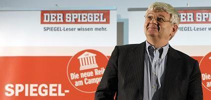 """Grüner Fischer in Humboldt-Uni: """"Kernschmelze des Weltfinanzsystems"""""""