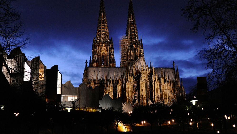 Photo Gallery: The Hidden Wealth of the Catholic Church