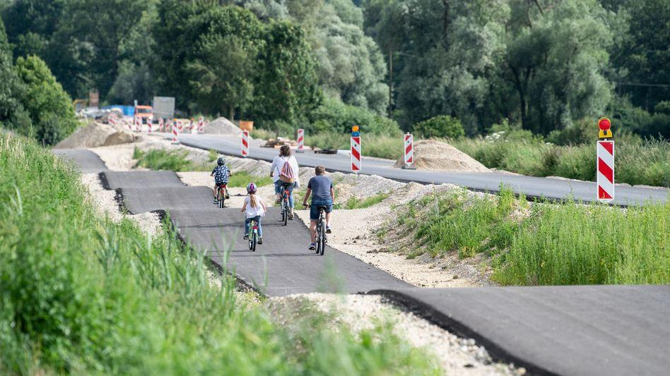 Ungemütlicher Radweg in Kirchdorf an der Amper: Hohe Ansprüche an Fahrradtouristen