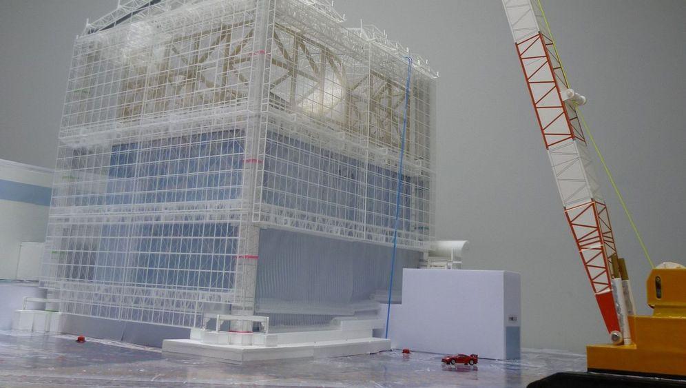 Fukushima: So wird das Katastrophen-AKW gedeckelt