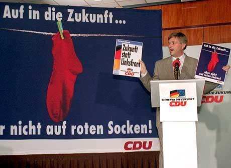 Hintze stellt Rote-Socken-Kampagne vor (1994): Zu sehr mit der Ära Kohl verhaftet