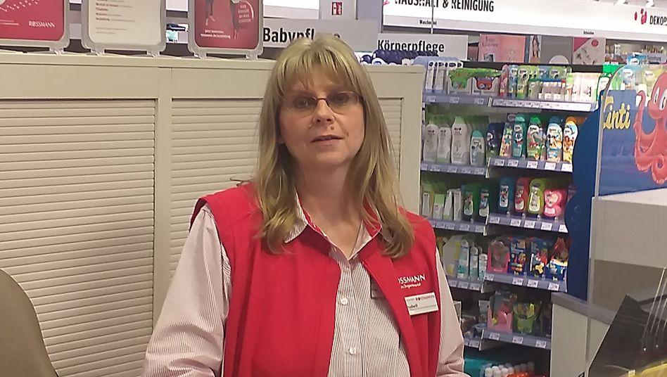 "Kassiererin Susanne Rudwill: ""Ich würde es nicht Hamsterkäufe, sondern Panikkäufe nennen"""