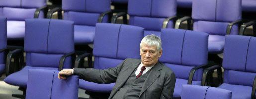SPD-Politiker Schily: Ordnungsgeld für den Ex-Innenminister