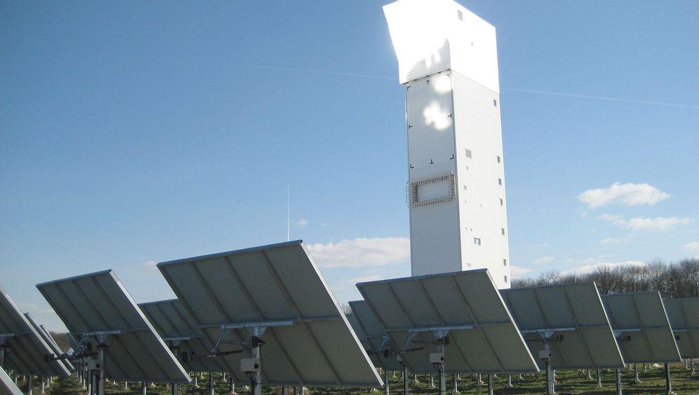 Solarthermie: Wärme im Wüstensand speichern