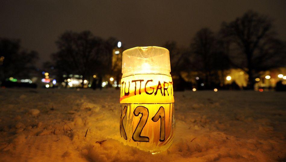 Kerze im Stuttgarter Schlossgarten: Zeit, dass die Bahn endlich den Mund aufmacht