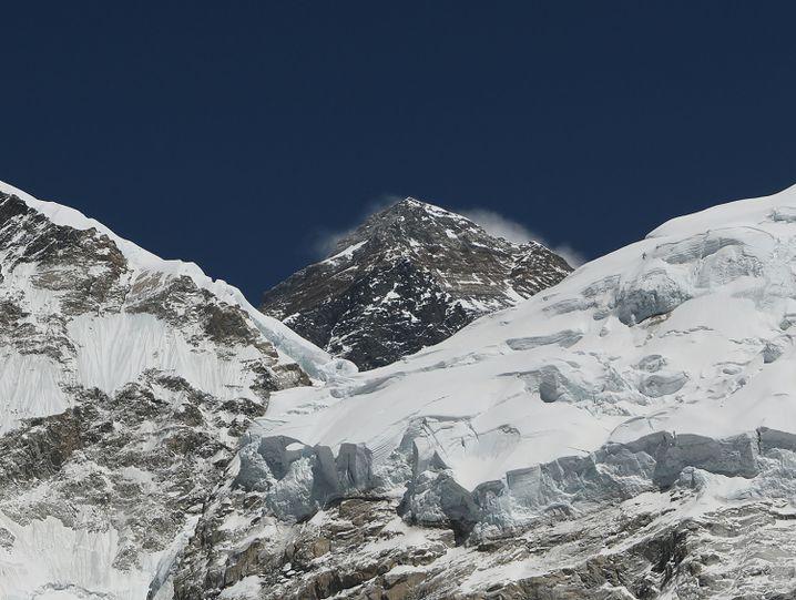 Der höchste Berg der Welt ist für viele ein ersehntes Ziel