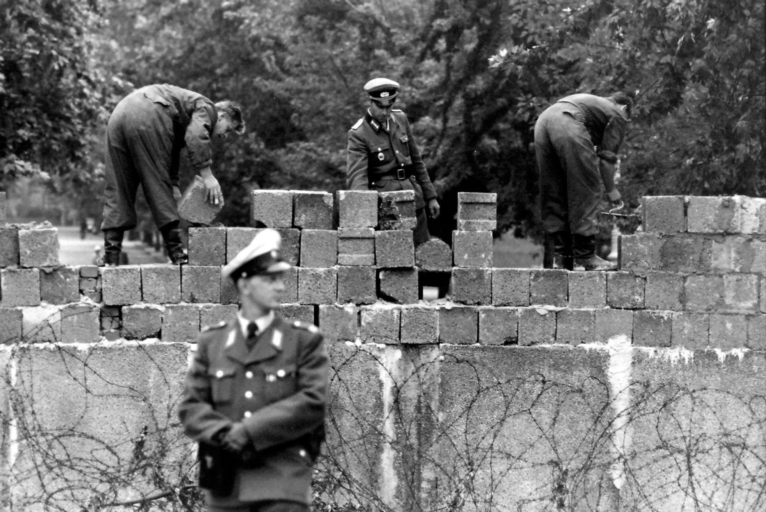 Honecker Exil