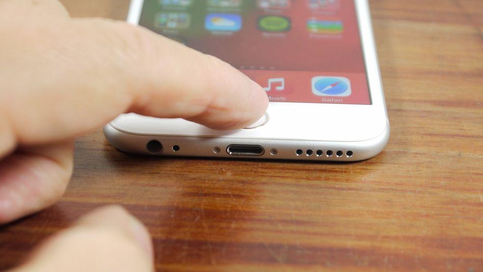 Fingerabdrucksensor am iPhone 6: Nicht in jeder Situation sicherer als Passcodes