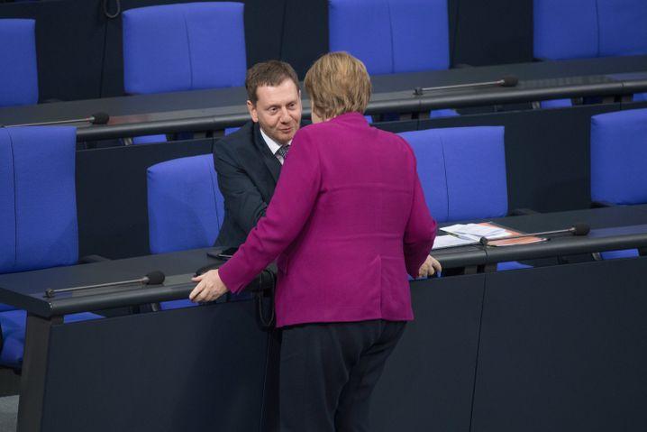 """CDU-Politiker Michael Kretschmer und Angela Merkel: Reden, """"die mich an die Nazis erinnern"""""""