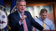 Kevin McCarthy scherzt über Gewalt gegen Nancy Pelosi