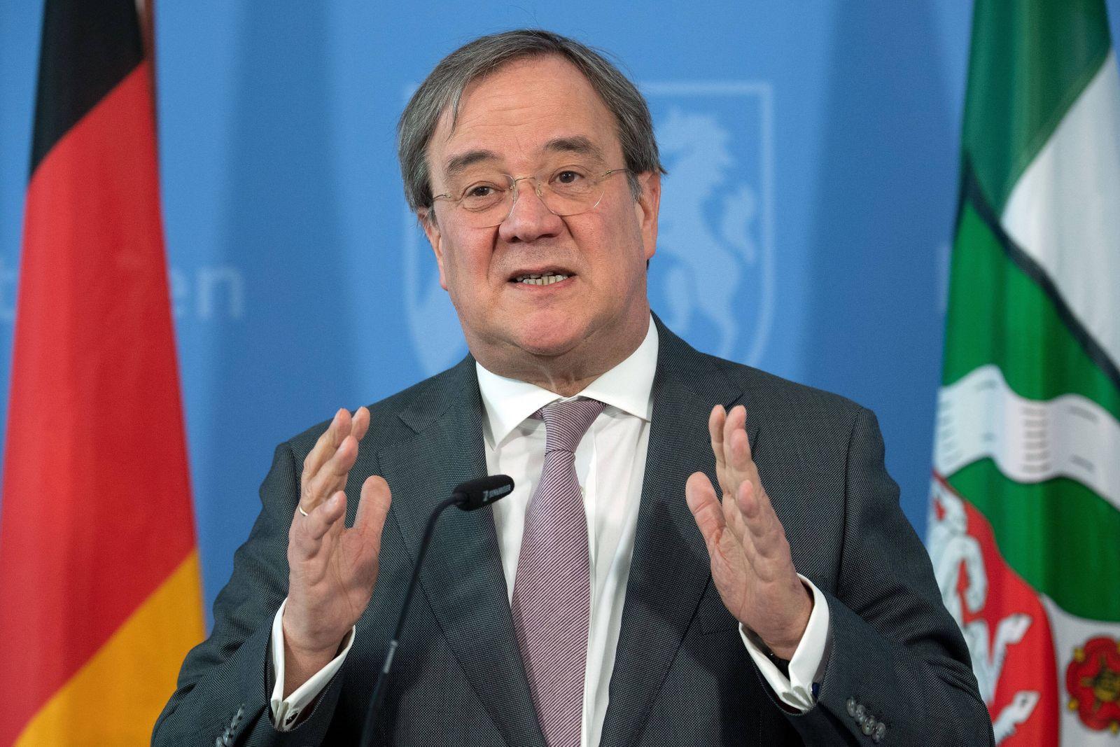 Coronavirus - Landesregierung NRW 14.04.2020, Nordrhein-Westfalen, Düsseldorf: Armin Laschet ( CDU ), Ministerpräsident