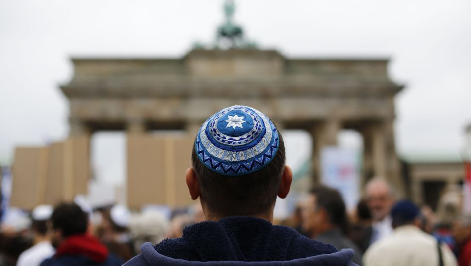 Berlin calling: A lot of young Israelis are moving to Germany