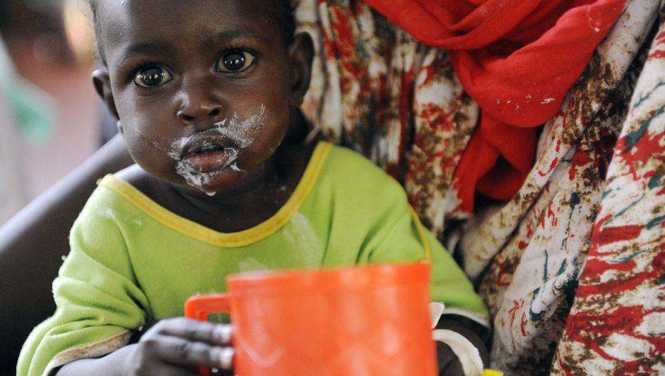 Unterernährtes Kleinkind in Kenia (Archivbild): Hunger hemmt Bildung