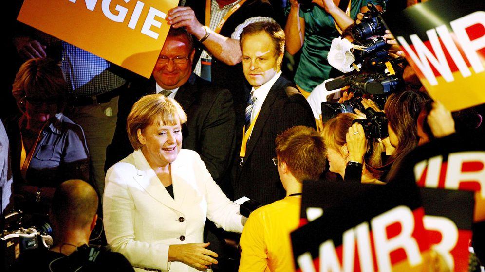 Wahlkampfauftakt: Union im Angie-Fieber