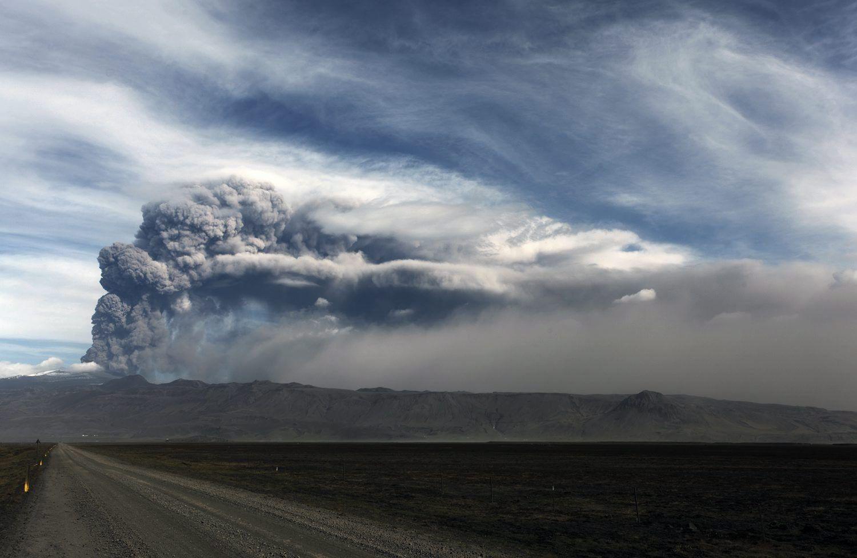 Island/ Vulkan