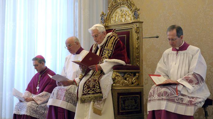 Papst-Rücktritt: Von Joseph Ratzinger zu Benedikt XVI.