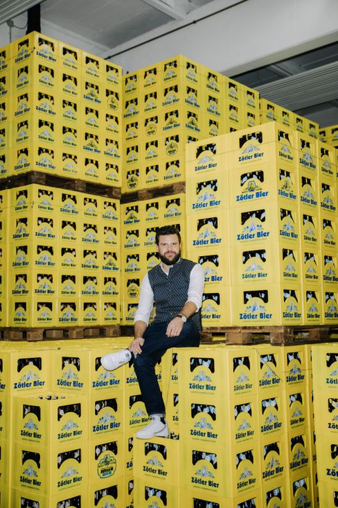 Niklas Zötler in seiner Firma: Nach eigenen Angaben die älteste Familienbrauerei der Welt