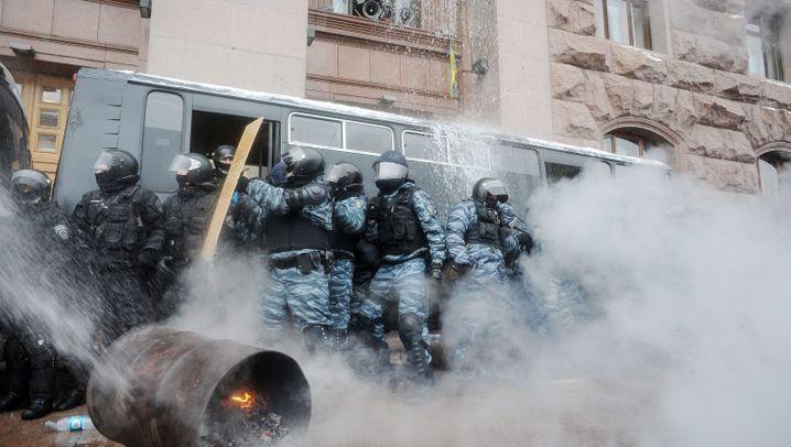 Ukrainische Polizei-Offensive: Demütigung für die EU