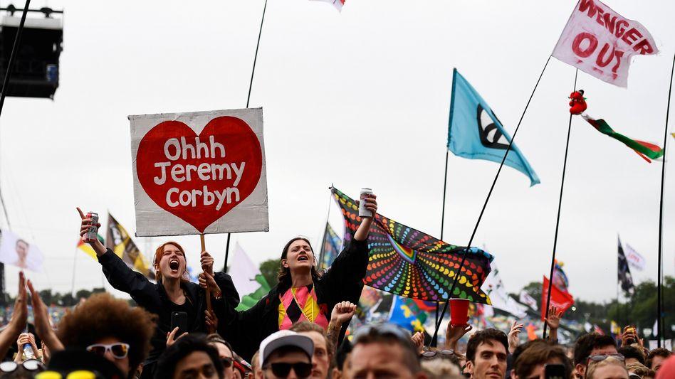 Corbyn-Unterstützer beim Glastonbury-Festival