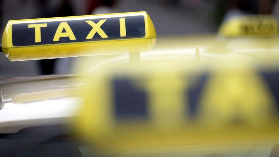 Sitzen hinter dem Steuer von Taxis besonders viele Geisteswissenschaftler?
