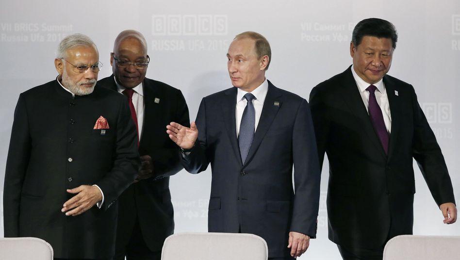 Vier der fünf Brics-Staaten-Chefs: Engere Zusammenarbeit und mehr politische Themen