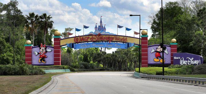 Eine Quarantäneidee der besonders exklusiven Art: Der Disney-Konzern besitzt in Florida eine verlassene Insel. Ein 42-Jähriger schlich sich auf das Eiland und lebte dort mehrere Tage wie im Paradies
