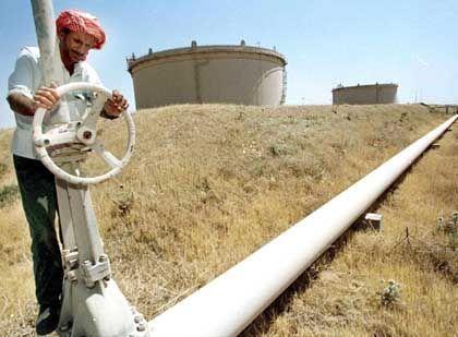 Pumstation in Kirkuk im Nordirak: Wer bekommt die Hand an den Ölhahn?