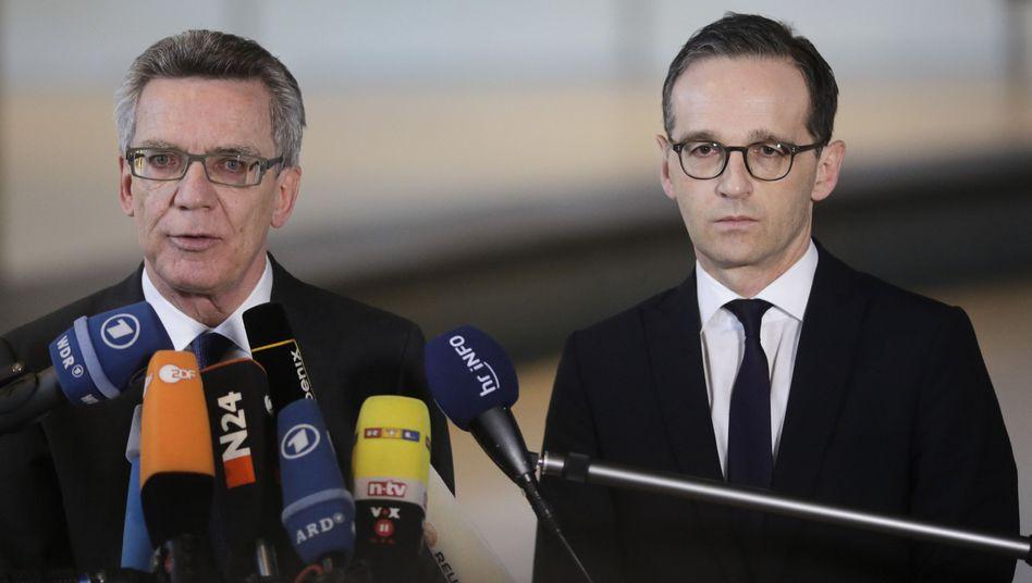 De Maizière und Maas in Berlin: Schärfere Gesetze für kriminelle Ausländer