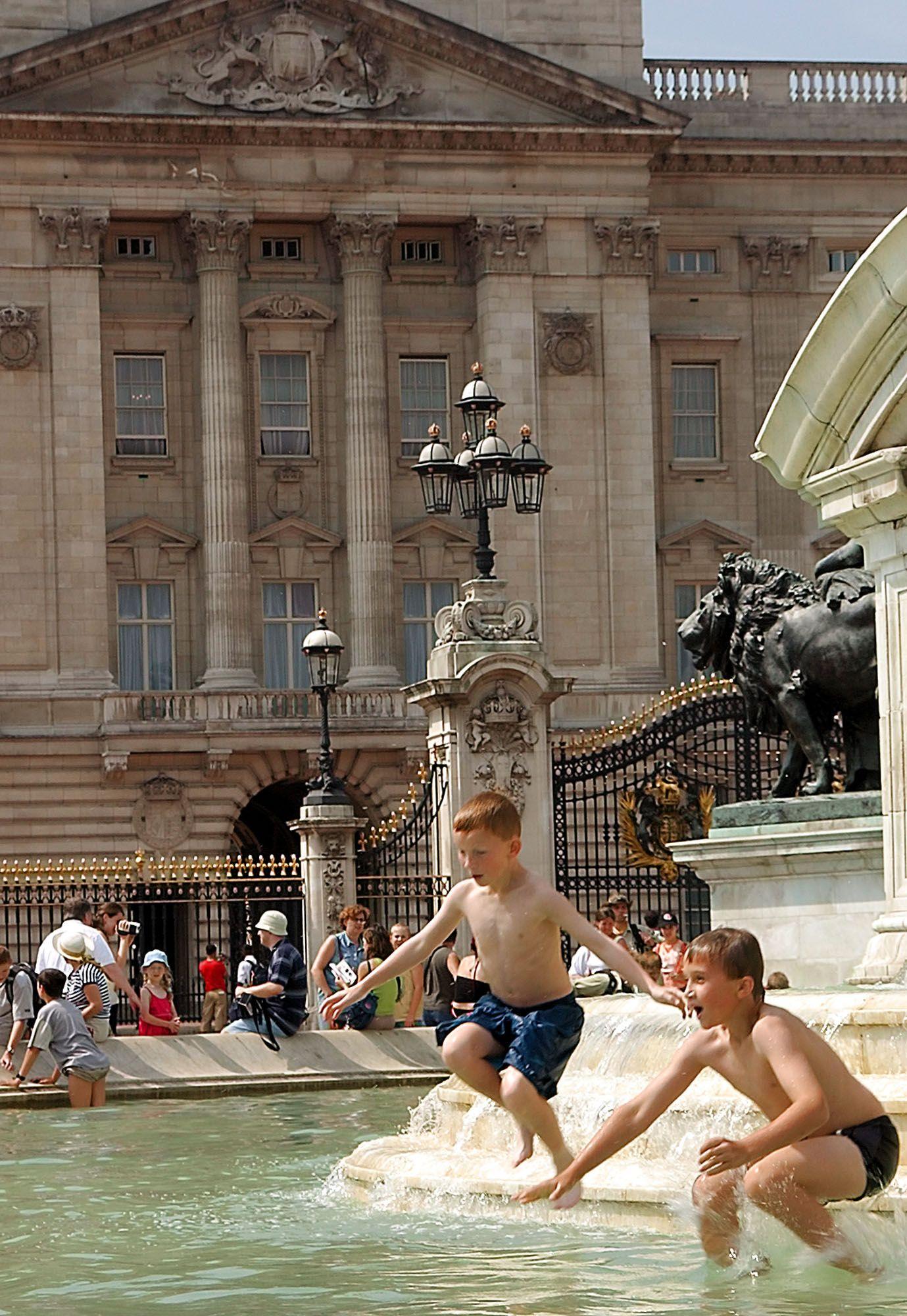 London / Hitze / Buckingham Palace