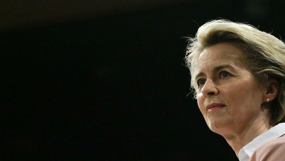 Kommissionspräsidentin Ursula von der Leyen: »Uns machen die Virusvarianten große Sorgen«