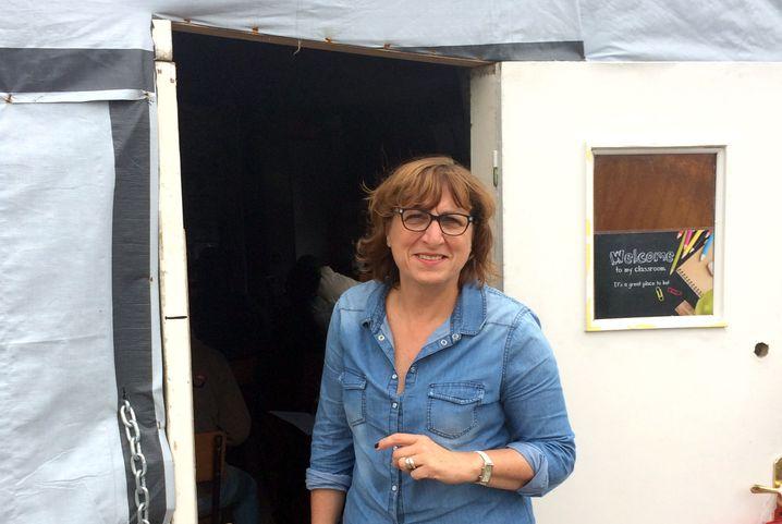 Lehrerin Aubry: Schokolade zieht immer - auch bei Flüchtlingen