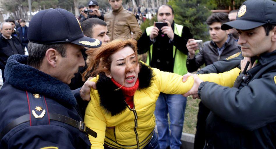 Festnahme von Oppositionellen in Baku: 22 politische Gefangene