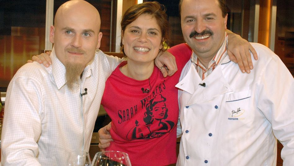 Sarah Wiener mit Rolf Zacherl und Johann Lafer (r.) bei Johannes B. Kerner