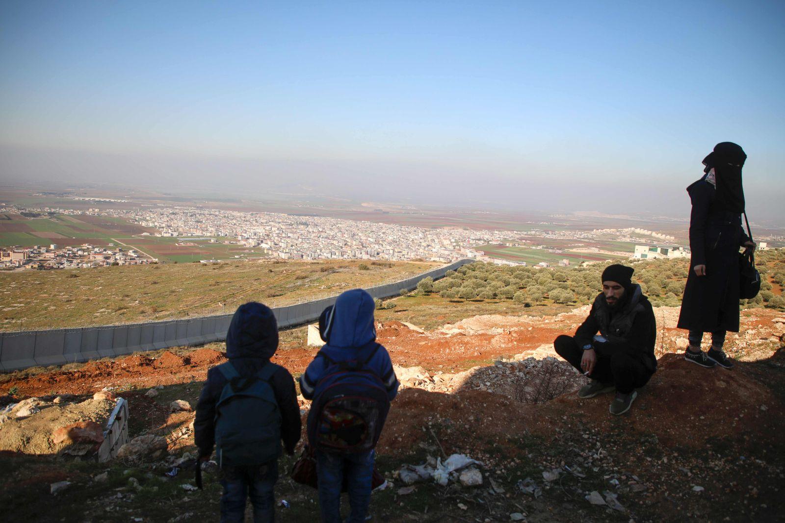 CORRECTION-SYRIA-TURKEY-CONFLICT