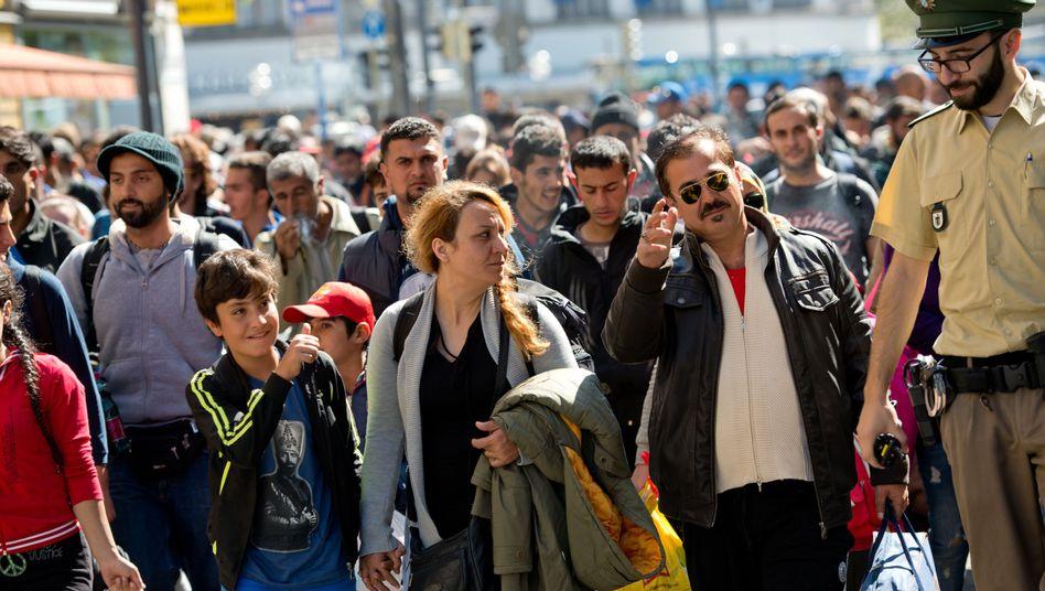 Flüchtlinge am Hauptbahnhof in München: Streit um die EU-Asylpolitik