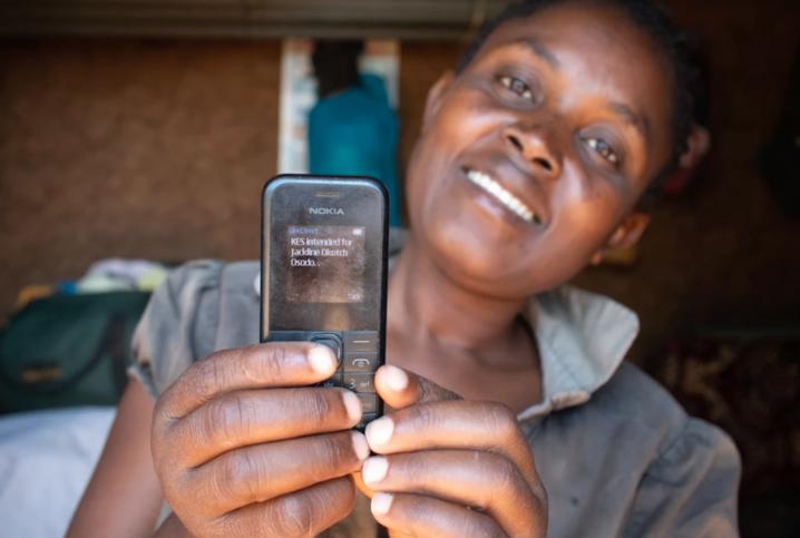 In Kenia reicht eine Handynummer und eine PIN, um Geld zu überweisen oder zu empfangen