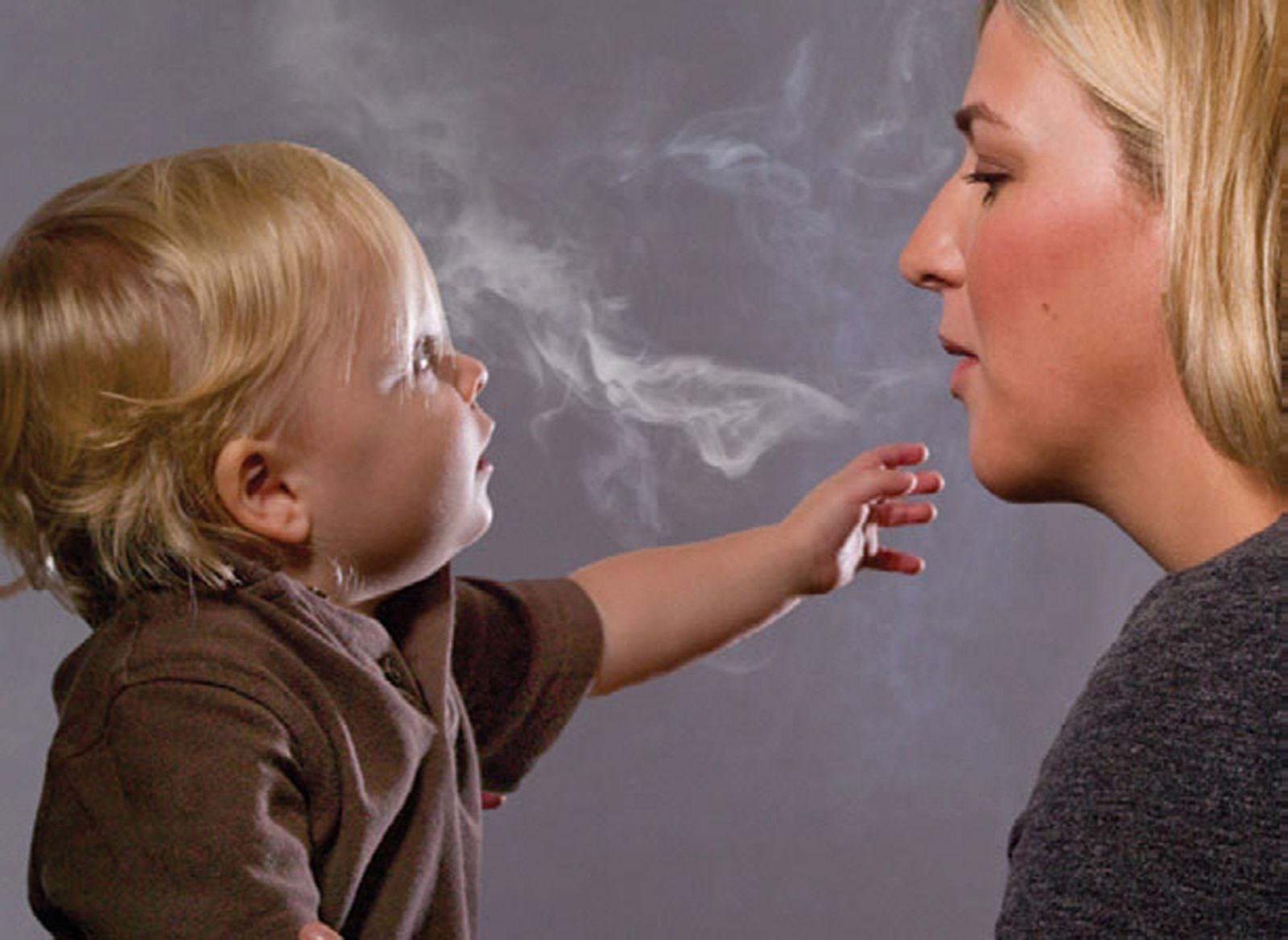 SYMBOLBILD Passivrauchen / Zigarette