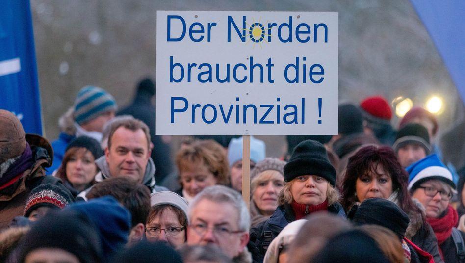 Demonstration in Kiel: Provinzial-Versicherung wird nicht verkauft