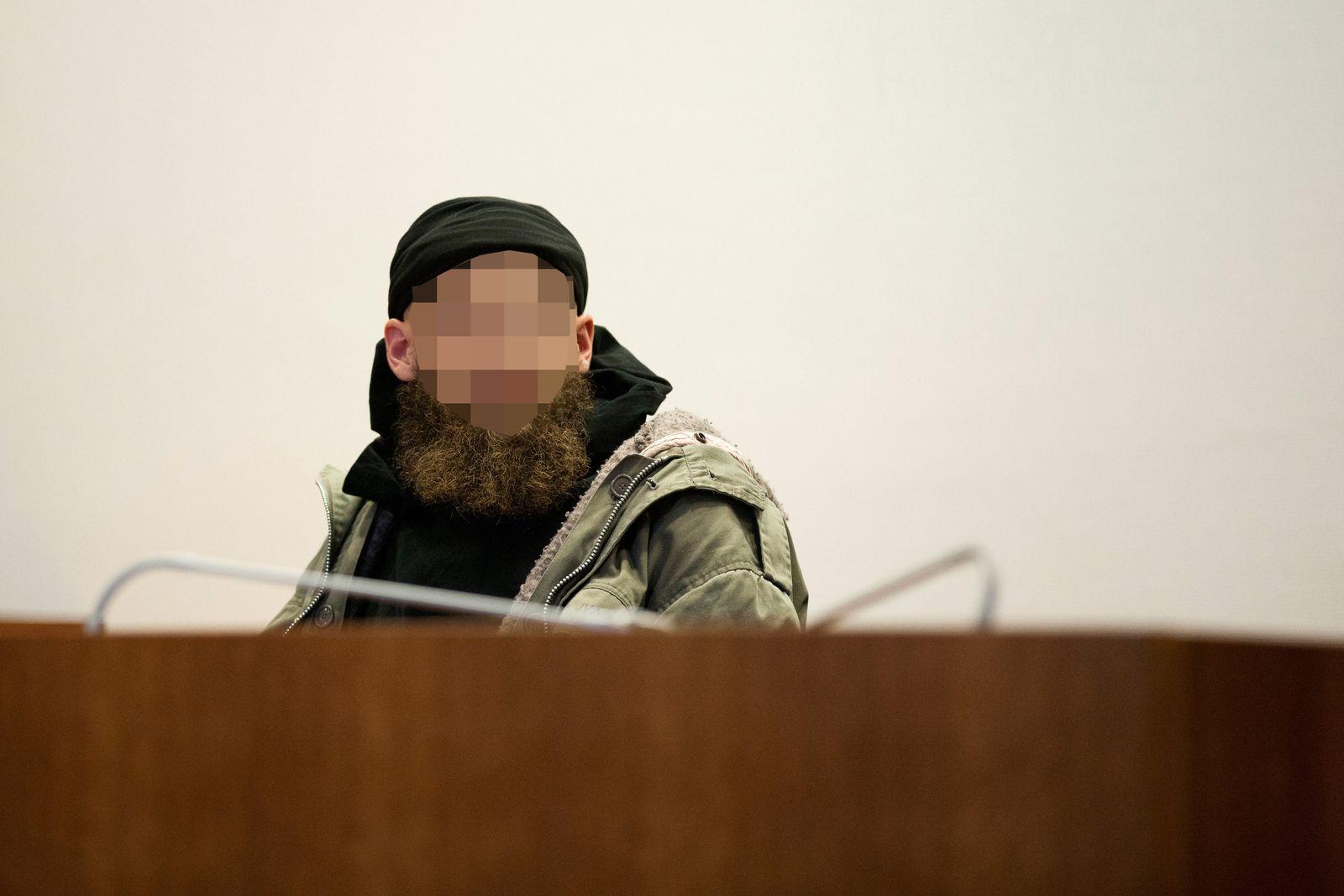 Prozess/ Salafist Murat K/ Messerstiche auf Polizisten