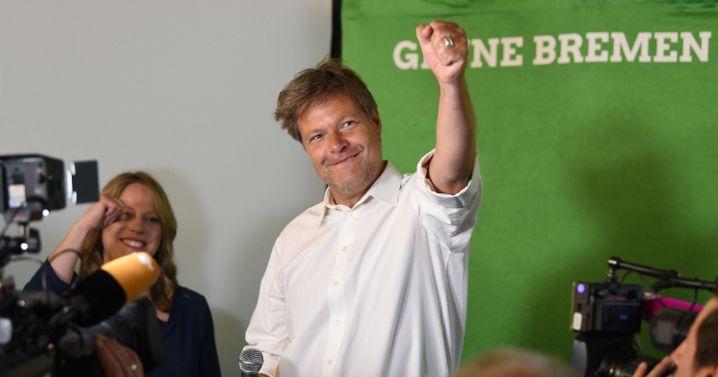"""Robert Habeck jubelt in Bremen: """"Dominante Rolle der Klimafrage"""""""