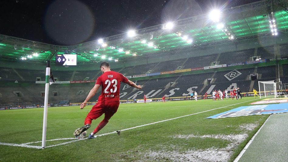 Das erste Spiel ohne Zuschauer in der Bundesliga: Gladbach gegen Köln Mitte März