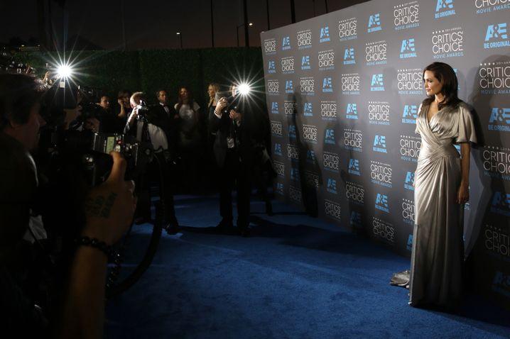 Jolie 2015 bei den Critics Choice Awards: Die perfekte Frau