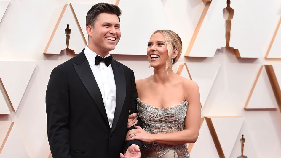 Colin Jost und Scarlett Johansson bei der Oscar-Verleihung im Februar 2020