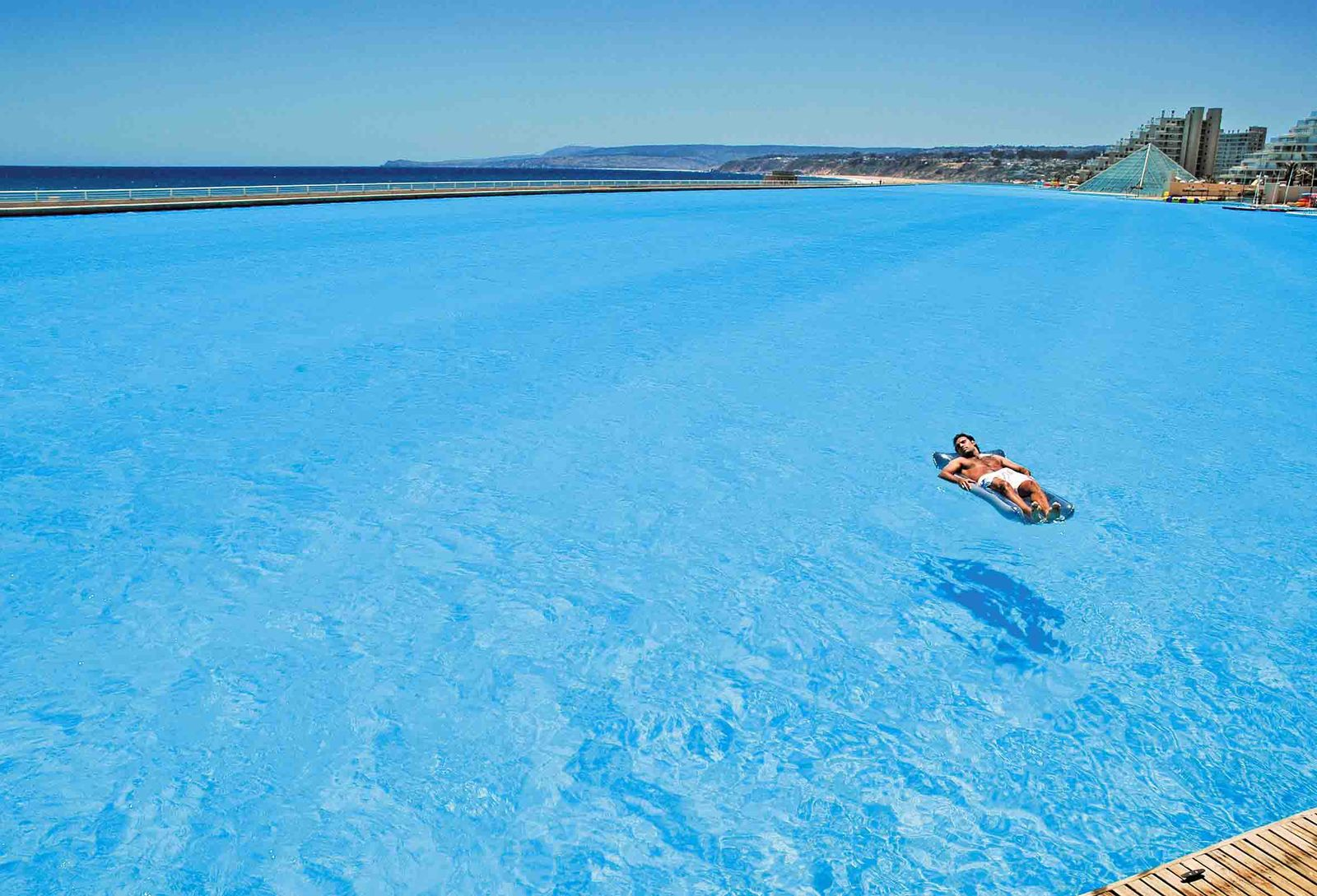 CHILE-GUINNESS WORLD RECORDS-SWIMMING