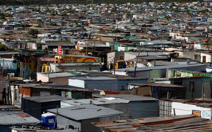 Khayelitsha: In der Township soll jetzt die Armee für Ruhe sorgen