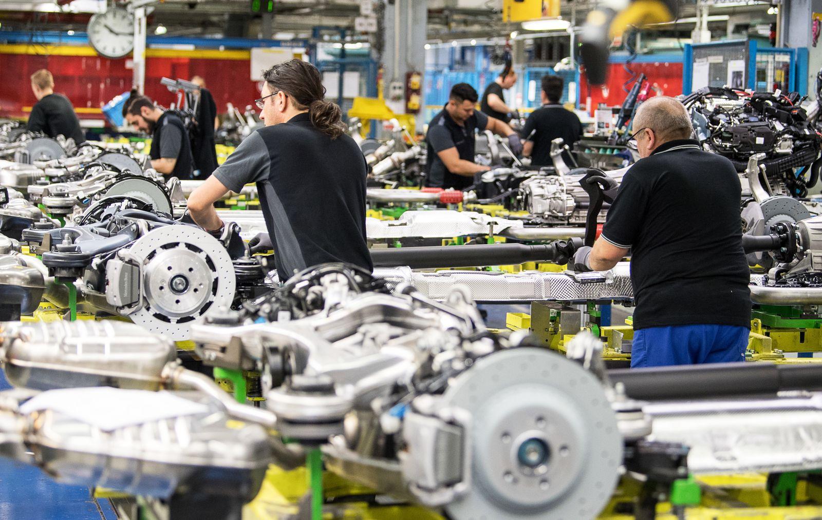 Deutsche Autoindustrie / Mercedes / Deutschland / Konjunktur / Industrie /
