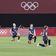 Fußballerinnen knien zum Olympia-Auftakt – doch die Aktion wird nicht abgebildet